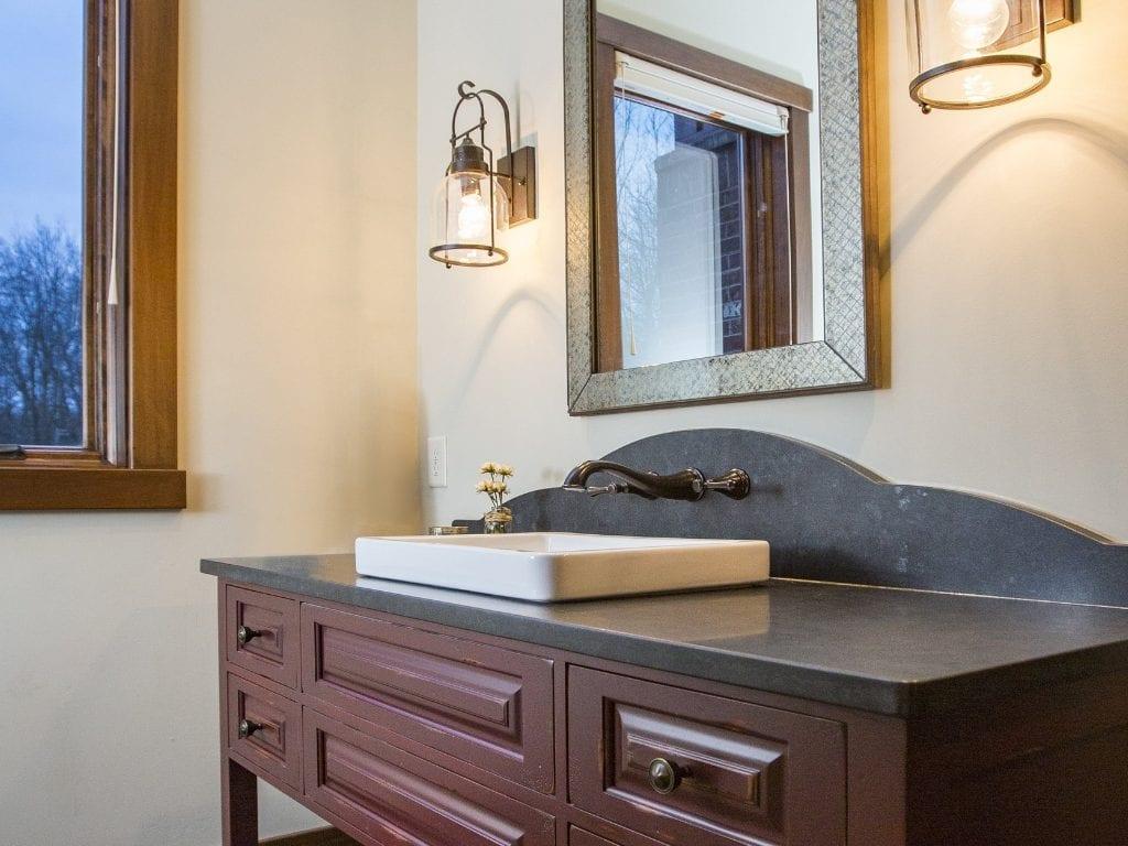 Lynnewood New Home Construction Cincinnati Guest Bathroom