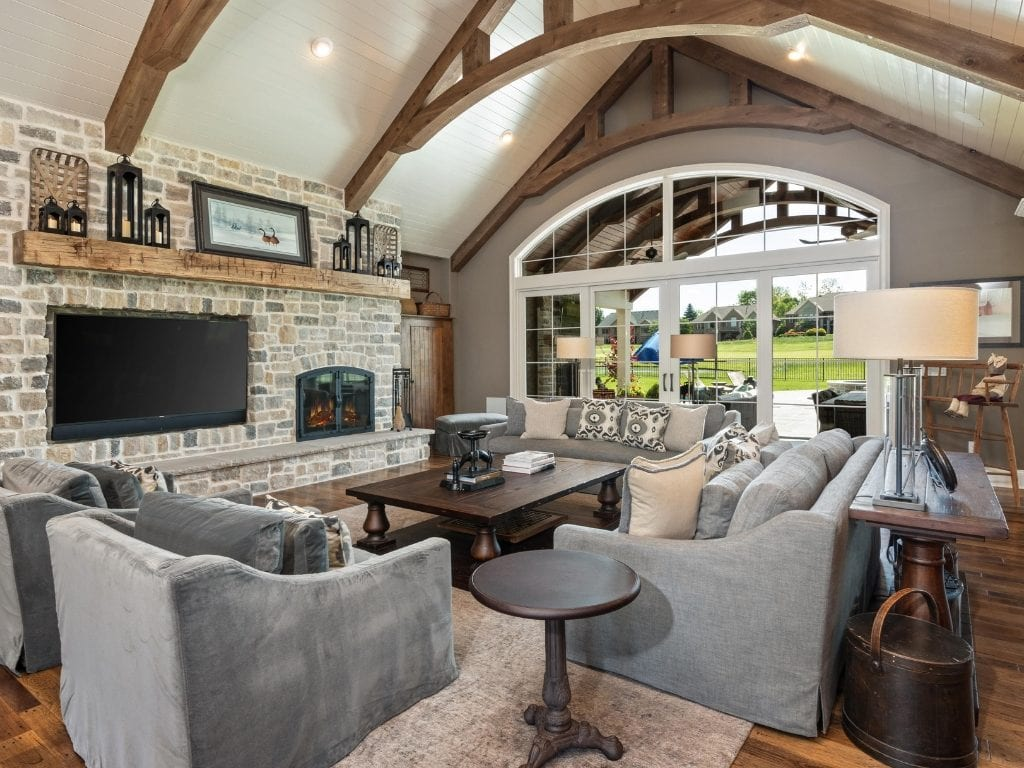 Timber-style beams add gorgeous character