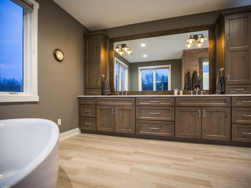 Lynnewood New Home Construction Cincinnati Master Bathroom