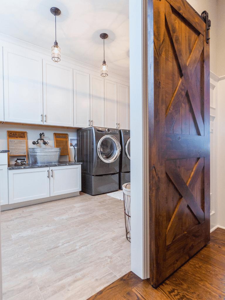 Laundry-room-custom-home