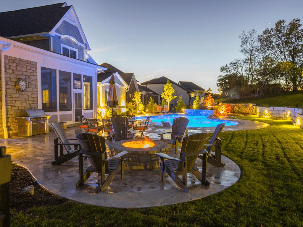 custom-home-Cincinnati-outdoor-pool