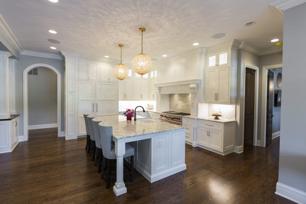 White kitchen custom home cincinnati