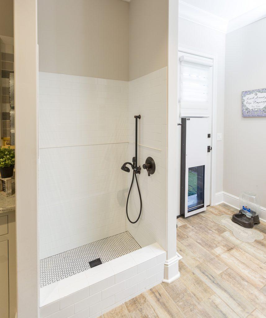 Indoor Dog Shower Design for Pets